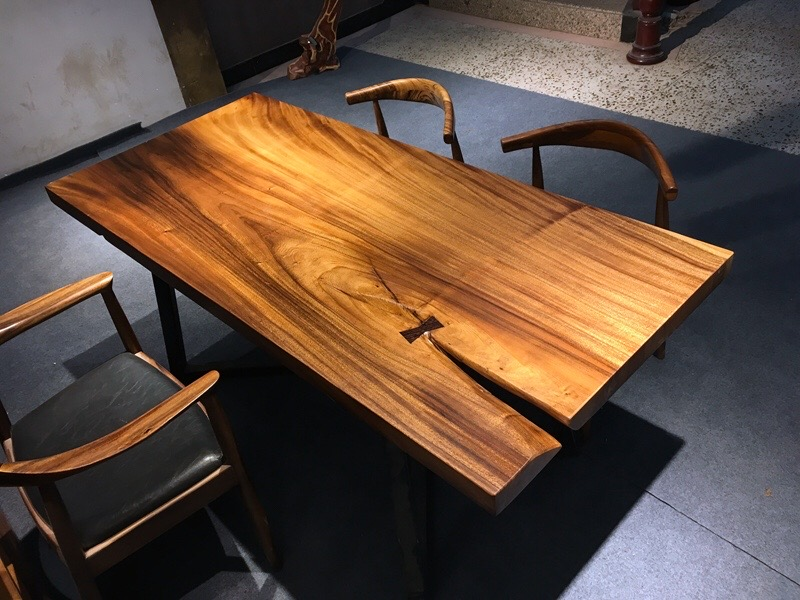 Solid wood table tops we produce wood table tops for Finishing live edge wood