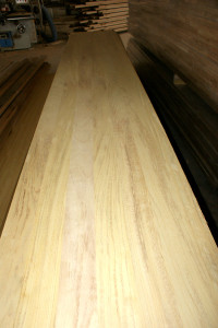 Iroko full stave worktops_full lamellas worktops_edge grain butcher block countertops 1